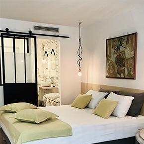 """""""Mediterranean"""" room casa musa nice"""